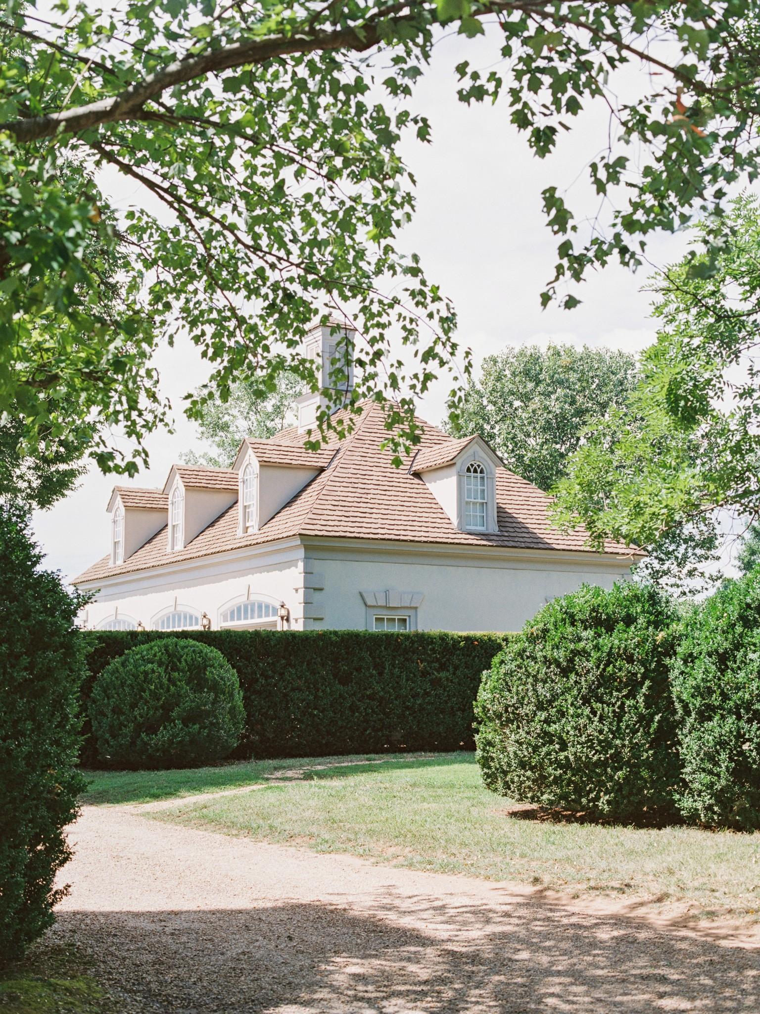 VA-Great-Marsh-Estate-Summer-Wedding-Blush-25.jpg