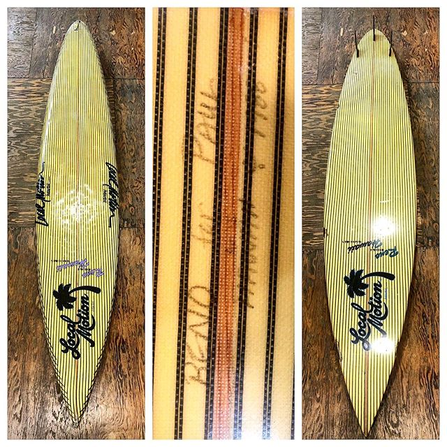 Now this is a rare board to come by. A vintage local motion surfboard shaped by Reno Abellira in the late 1980's. This board has all the bells and whistles. Carbon fiber top and bottom. Túnel thruster fins, full gun, hand large local motion lanes, shaped by the legendary Reno Abellira and it is all original conditions too. Now proudly a part of the @luisrealcollection