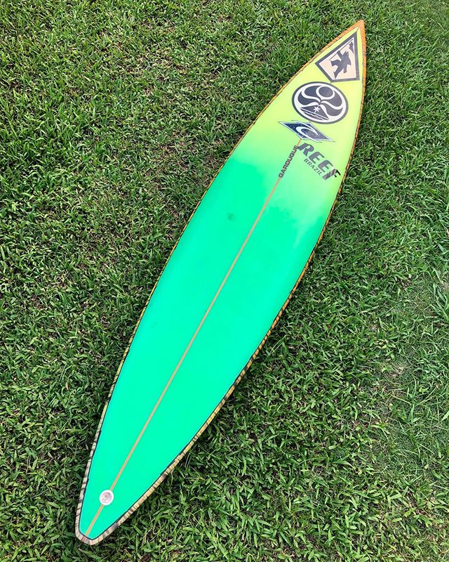 This is my lucky month. This is a vintage surfboard shaped by Gabe Garduque for legendary surfer Brock Little. This surfboard is in all original conditions. All the classic logos are still on the boards. Gotcha, reef, rip curl, and HIC. Now a part of the @luisrealcollection
