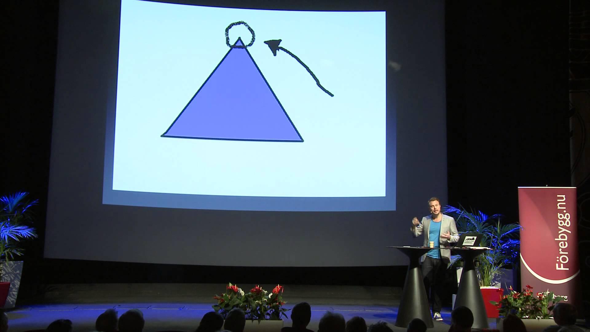 """Under konferensen """"Förebygg.nu"""" på Folkets Hus i Göteborg pratade Jonas om dopning inom idrotten och tog tillfället i akt att visa upp sina färdigheter i Powerpoint."""