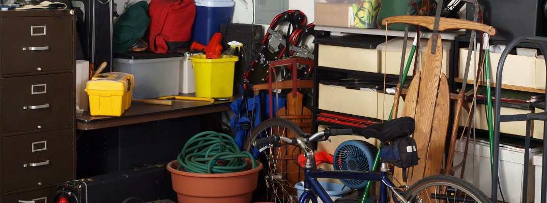 Cluttered-Garage-Feature_b.jpg