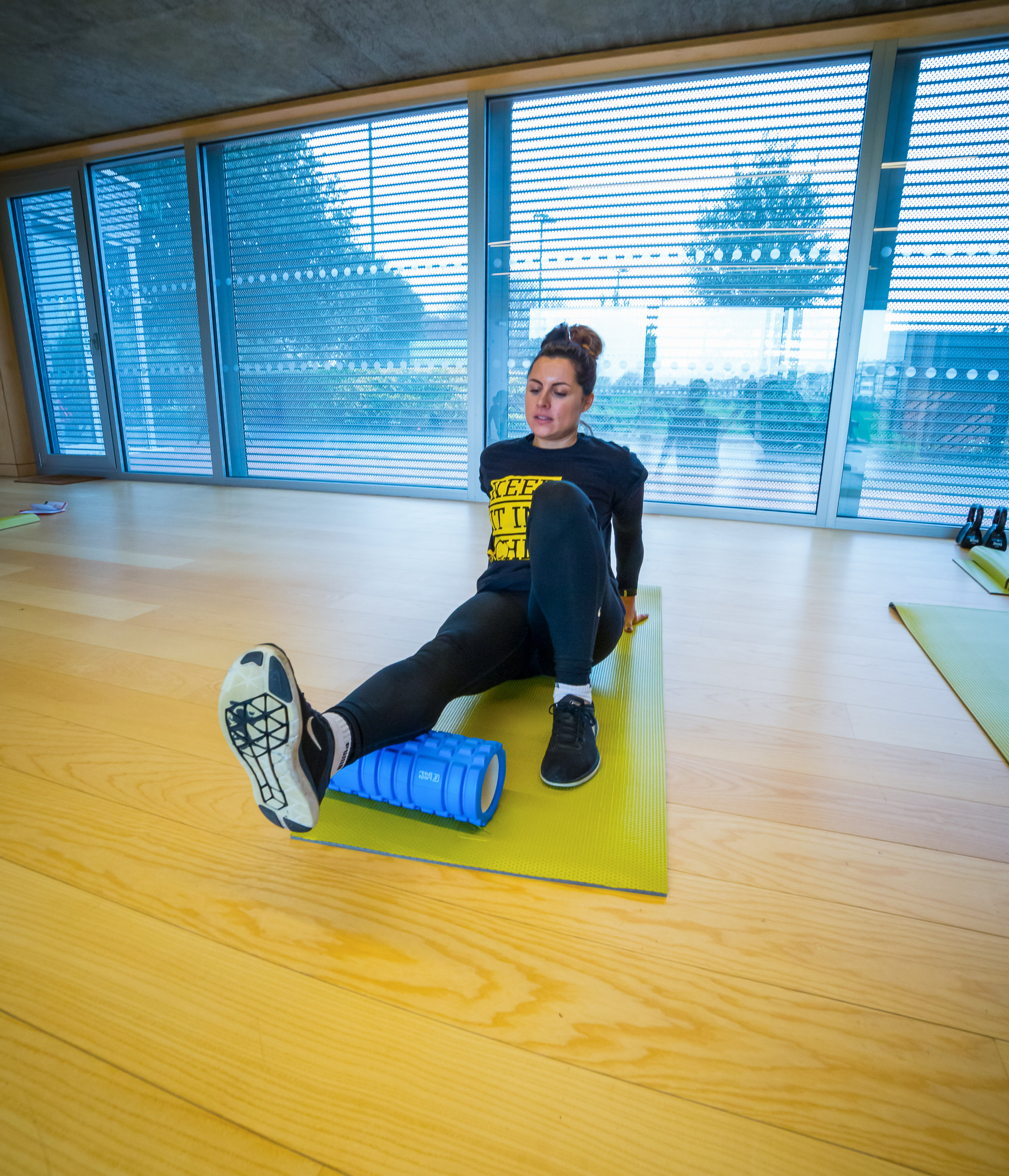 Shelley demonstrating Foam rolling : StronglivingPT