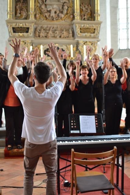 St. Peter Gospel Singers live (photo by Lisa Trage)