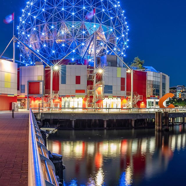 It's panorama practice time @scienceworldca Soon I'll be boarding a plane to Iceland and trading cities for raw nature. @panorangapp A7Riii | 24-70mm f/2.8 GM Shot at 24mm | f/10 | 25secs | ISO 800 . . .  #citybestpics #agameoftones #city_explore #illgrammers #thecreative #shotaward #seemycity #createcommune #citylimitless #longexposure #longexposure_shots #nightphotography #ic_longexpo #longexpohunter #magicpict #night_shooterz #dream_image #longexposurephotography #astrophotography #pnw #downtownvancouver #yvr #mustbevancouver #pnwonderland #vancitynow #sonyimages #sonyalpha #sonyalphasclub #sonyphotogallery #focalmarked