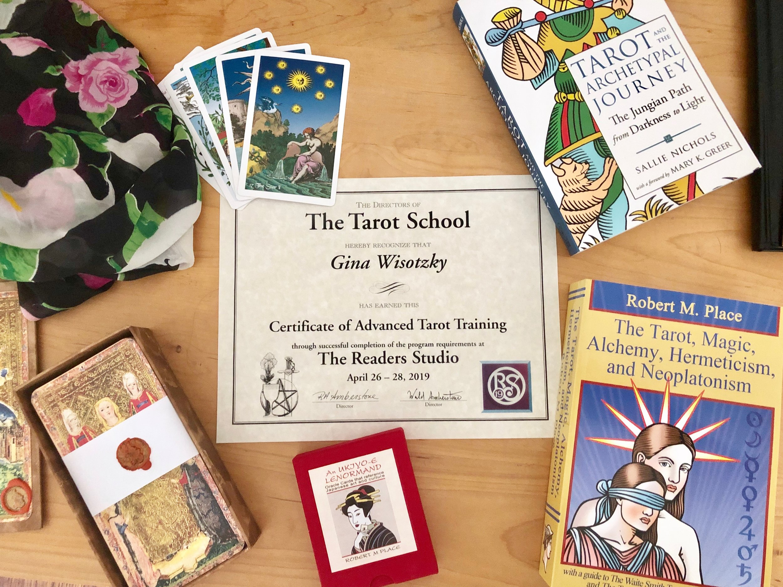 Certificate & Treasures from the Readers' Studio