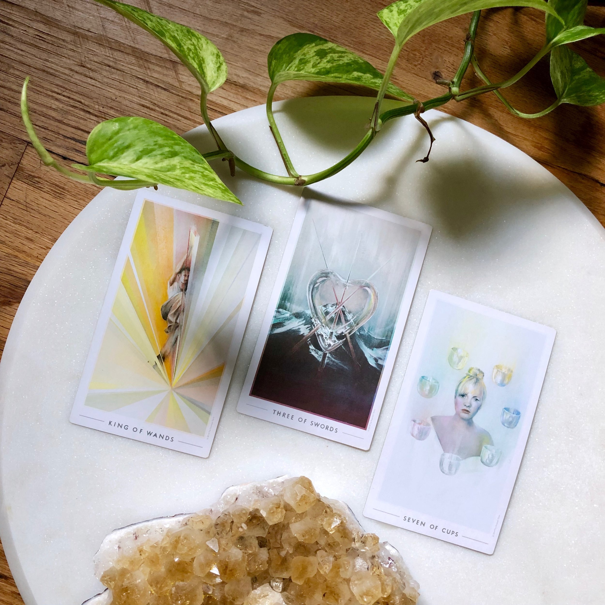 Three Card reading fountain tarot king of wands three of swords seven of cups citrine