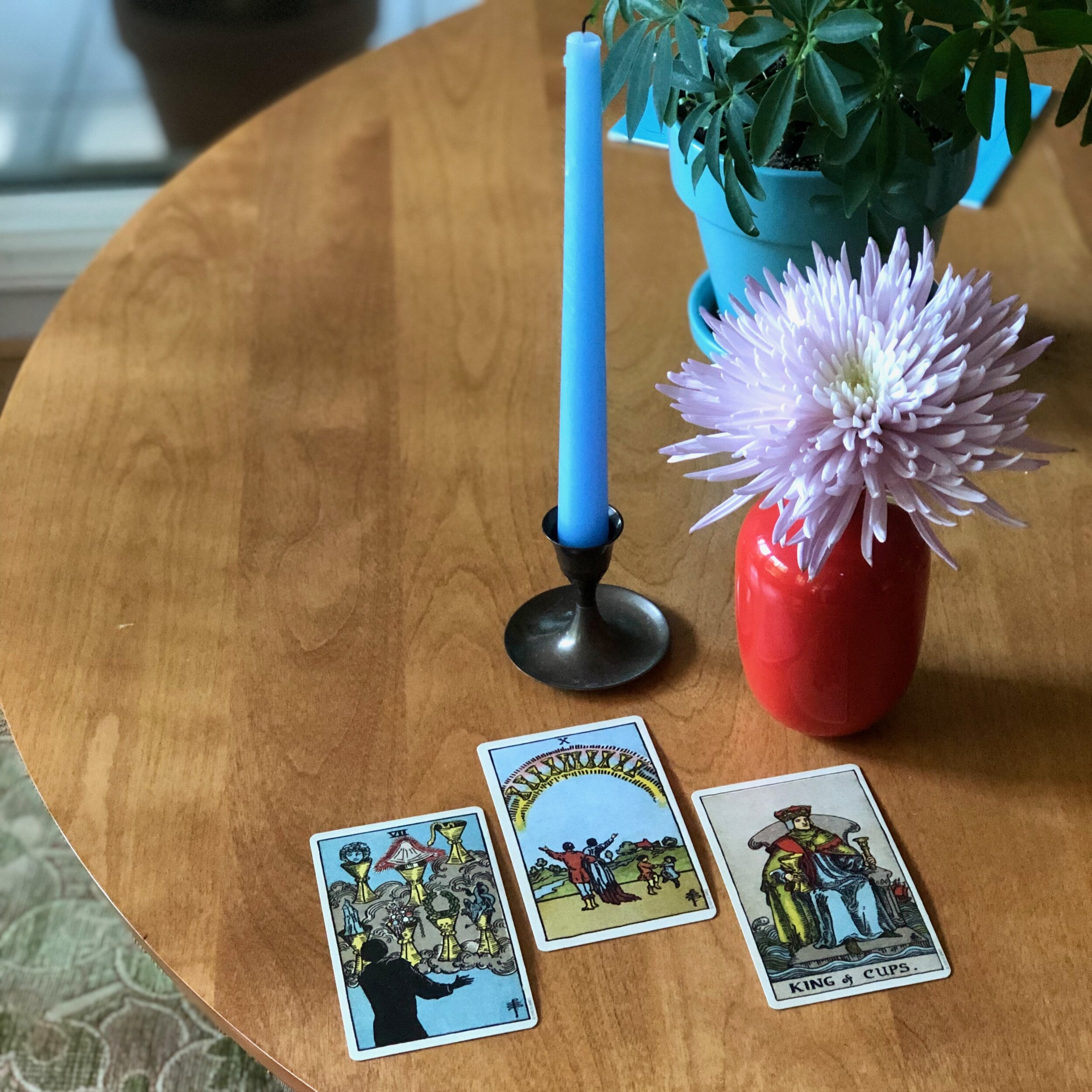 Three Card reading rider waite smith king of cups seven of cups ten of cups