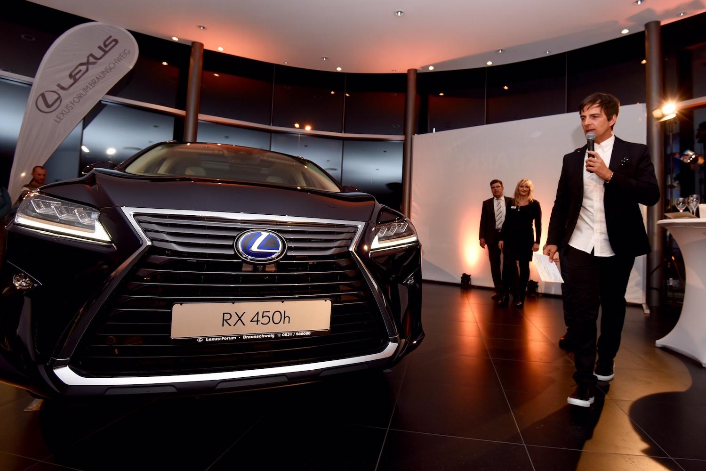 2_Harald_Greising_Moderator_Lexus.JPG