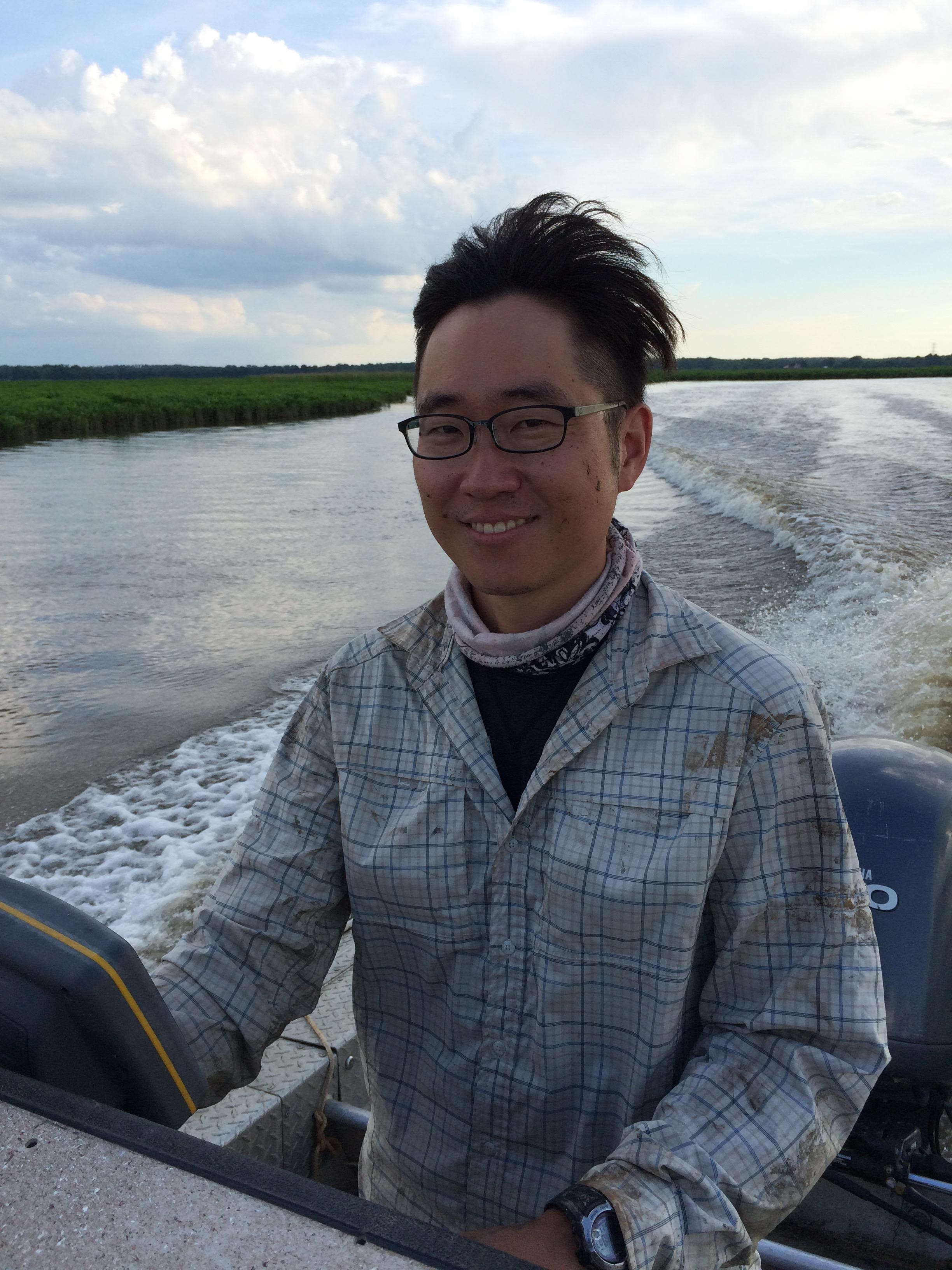 Cruising down the Pamunkey River.
