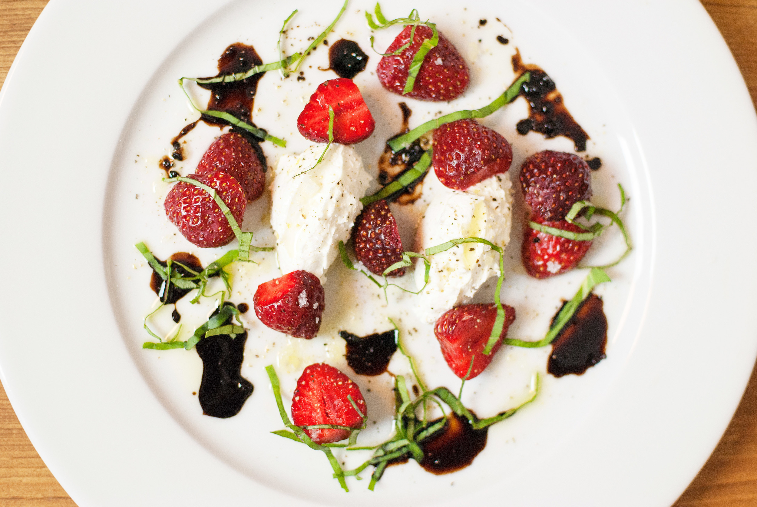 strawberry-caprese-salad-011.jpg
