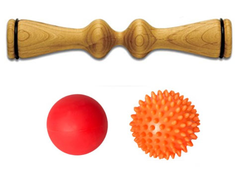 Ma Roller Wooden Massage Tool and Spiky and Smooth Massage Balls