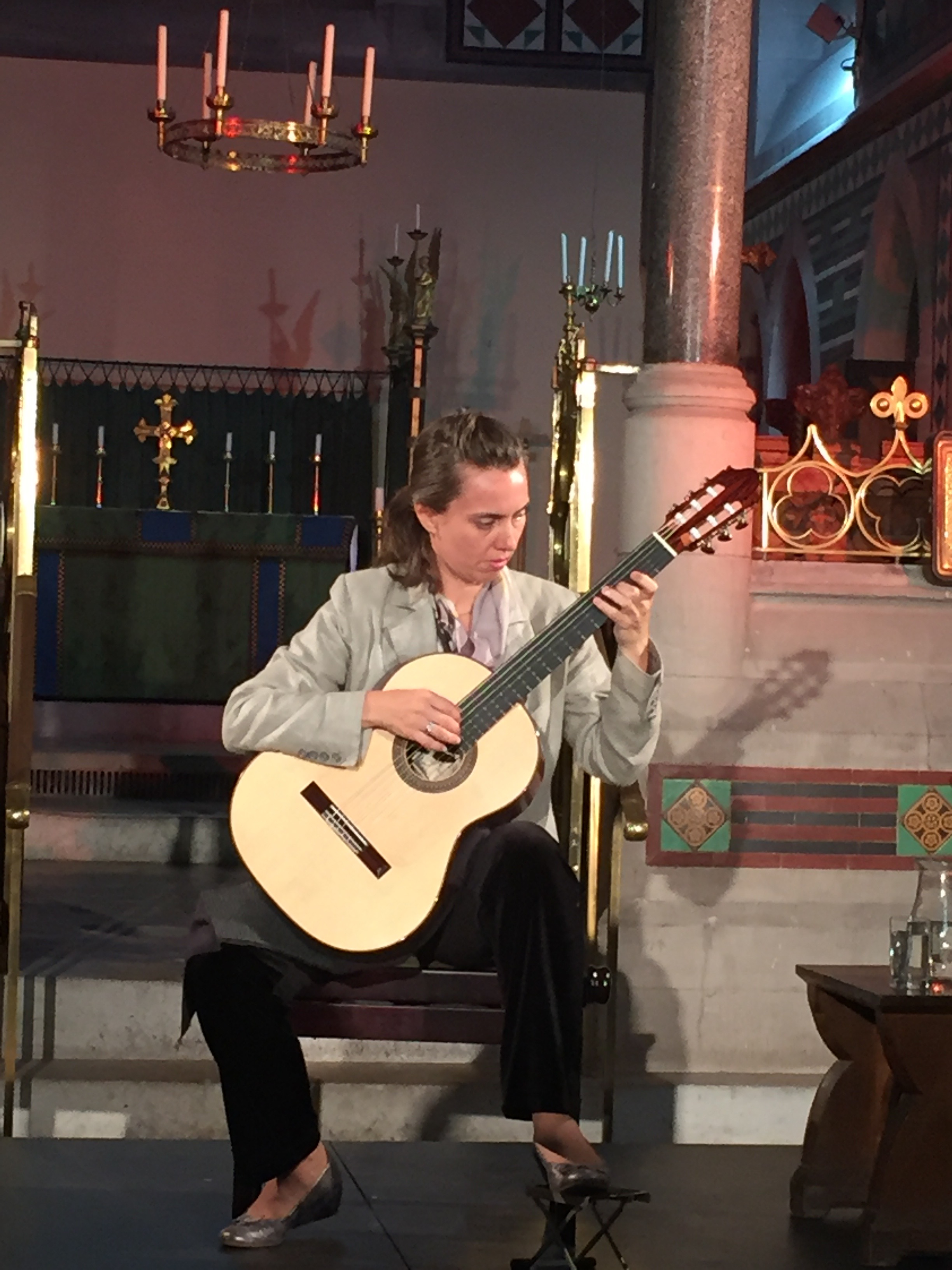 Saturday night, we had a guitar play-off, in which the luthiers visiting and showing instruments were treated to comparisons of their guitars, as played by the poetic Elina Chekan.