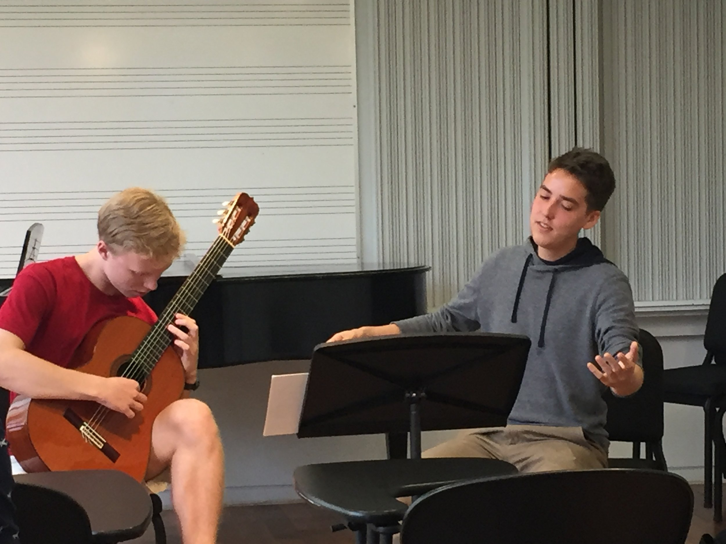 Aidan Wiley Lippke played the first of the Drei Tentos by Hans Werner Henze.