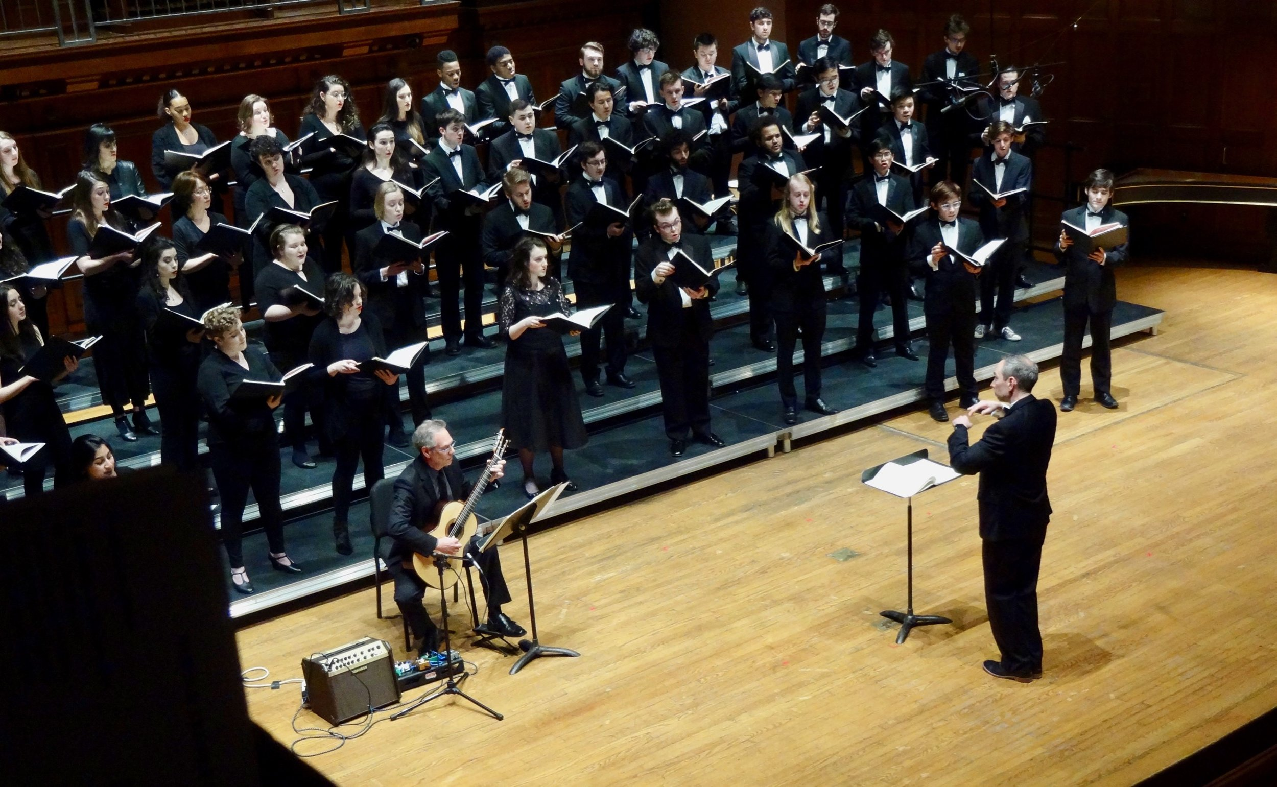 Stephen Aron with Oberlin Concert Choir and Greg Ristow conducting, perform Castelnuovo-Tedesco's  Romancero Gitano