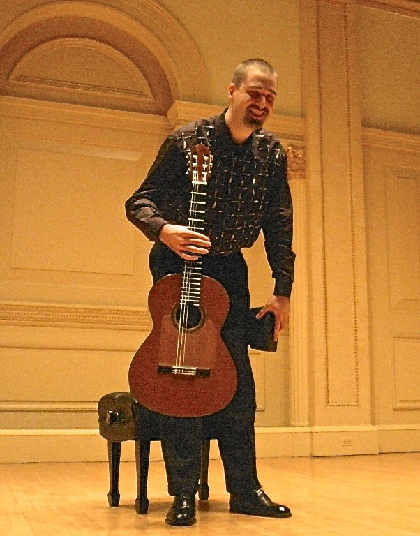 2002 - New York. Young Artist Debut, solo recital at Carnegie Hall
