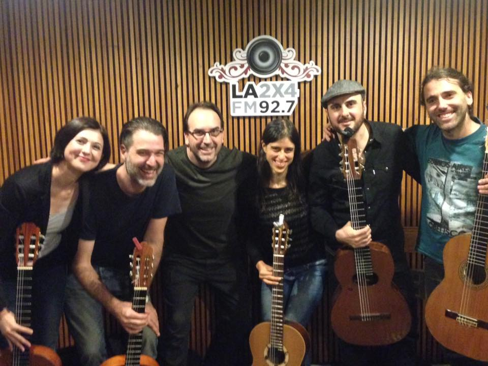 2017 - At my monthly segment on the FM station La2x4. I organize a tango guitar jam session live on the air.