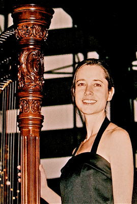 Amy -- Harp 2.png