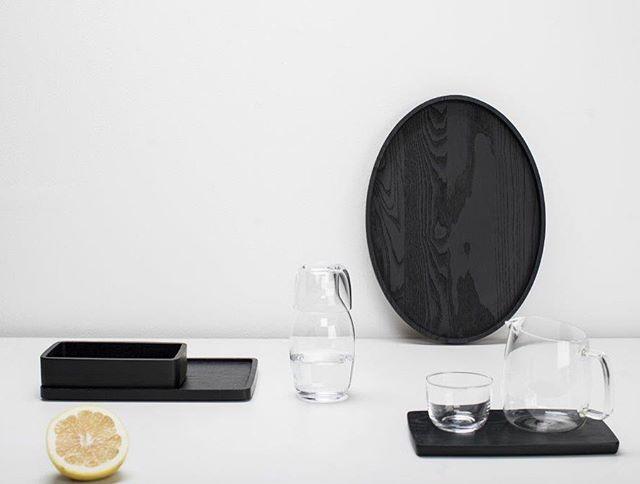 Simple and minimalistic. What a perfect combination.  #beyoubidk #blackandwhite #karafe