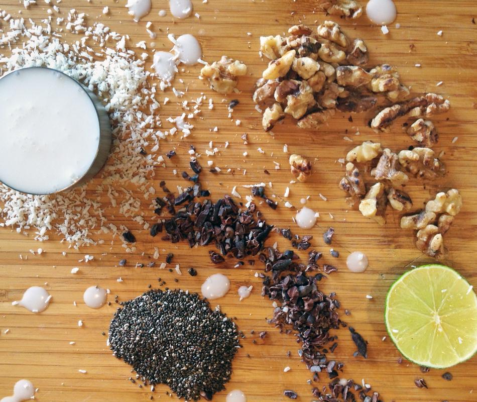 coconut shake for ketosis and easy keto shake recipe