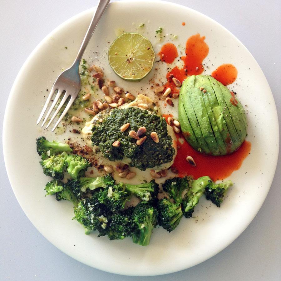 cilantro pesto chicken recipe with keto pesto sauce