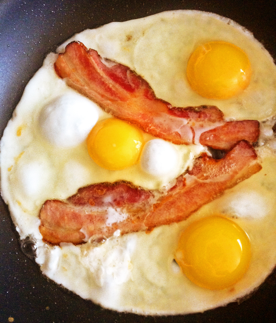 keto bacon and eggs for keto egg breakfast recipe and ketogenic recipes