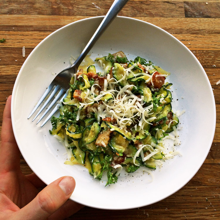 Keto zoodle carbonara pasta recipe for an easy keto dinner. Make pasta carbonara out of zucchini noodles.