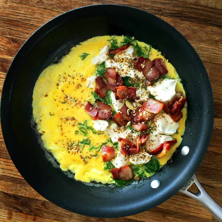 Best keto omelette recipe for the ketogenic diet. Make this easy omelette with cream cheese and dill.