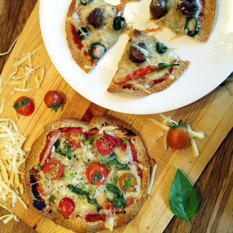 Best keto pizza recipe for dinner. Make thin crust tortilla pizzas for your ketogenic diet.