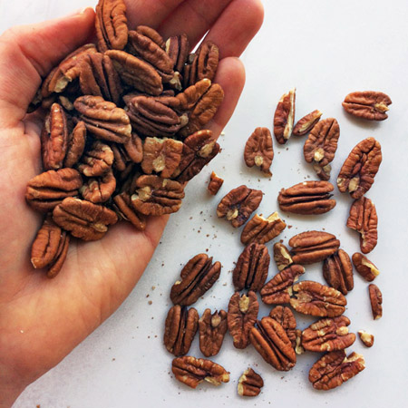 keto pecans for your keto shopping list and diet