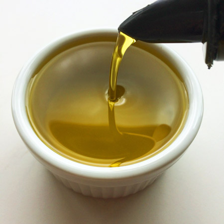olive oil on the ketogenic diet shopping list and keto recipes