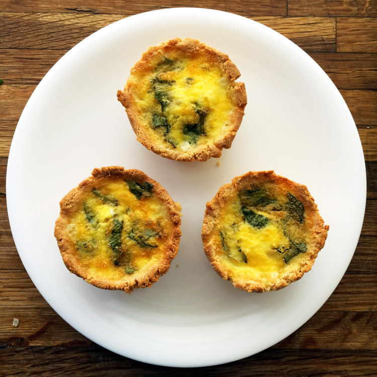 Keto quiche recipes with cream cheese pie crust. Use my keto pie crust recipe for these breakfast quiches.