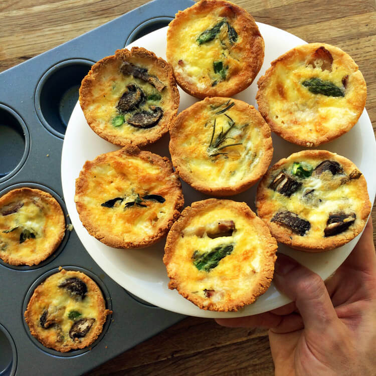 Quick keto breakfast recipe for the ketogenic diet. Make this keto breakfast quiche for an on the go meal.