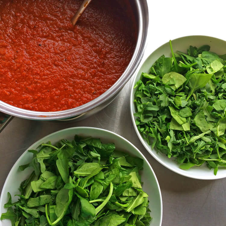Easy keto marinara recipe for losing weight. Make this low carb tomato sauce and put it on spinach.