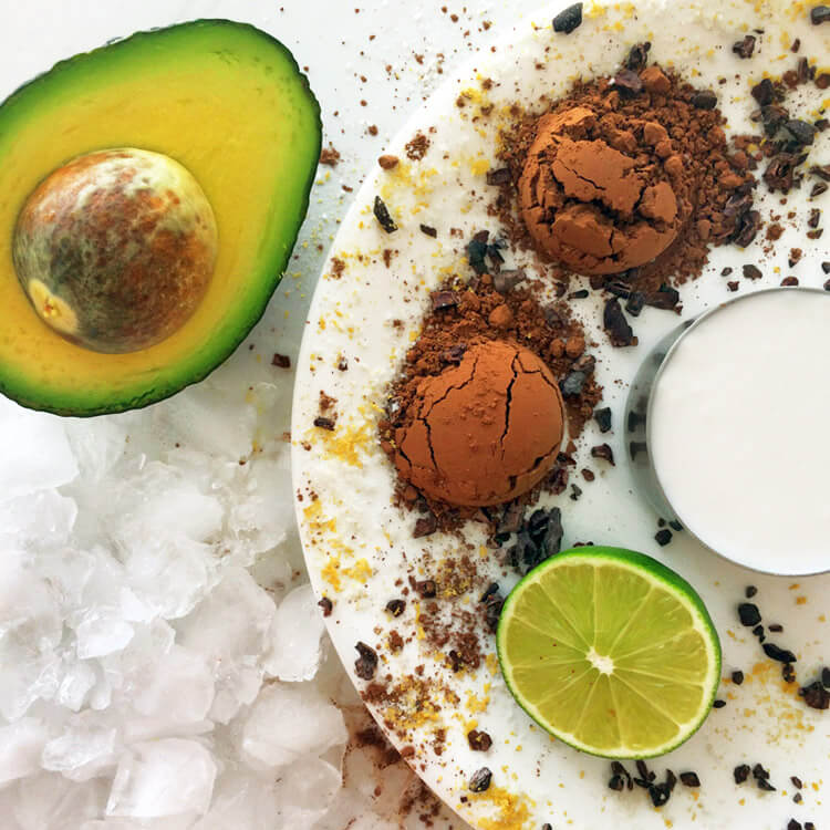 Keto chocolate avocado smoothie recipe. Enjoy this keto smoothie with lime, chocolate, and avocado.