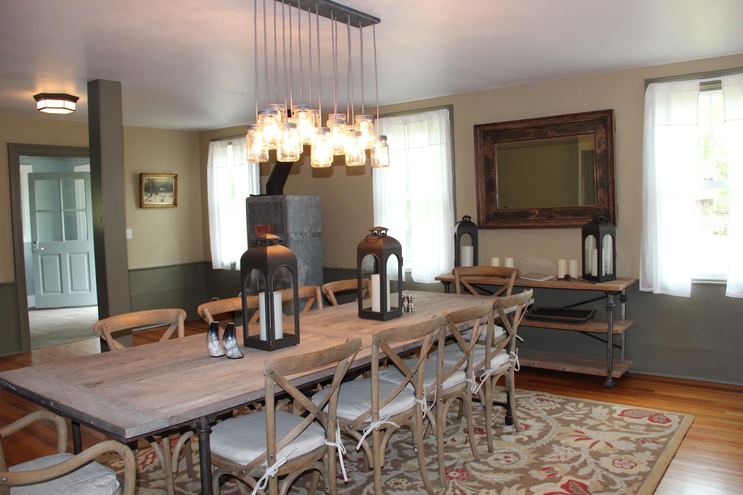Dining Room w Curtains Photos #36.jpg