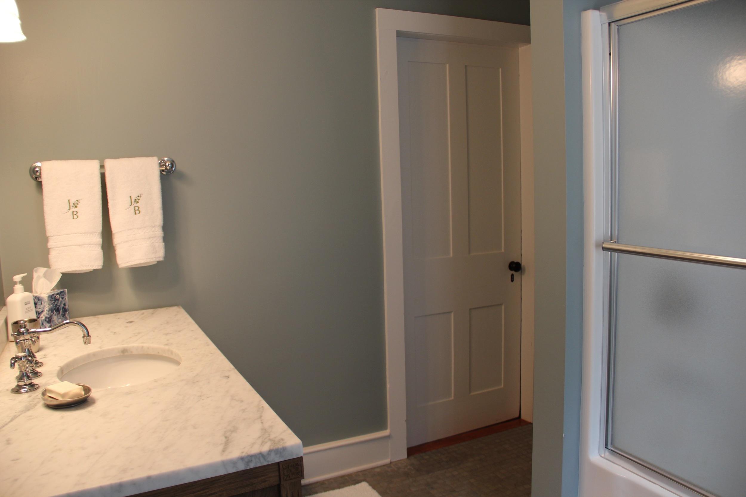 First Floor Bathroom #31.jpg
