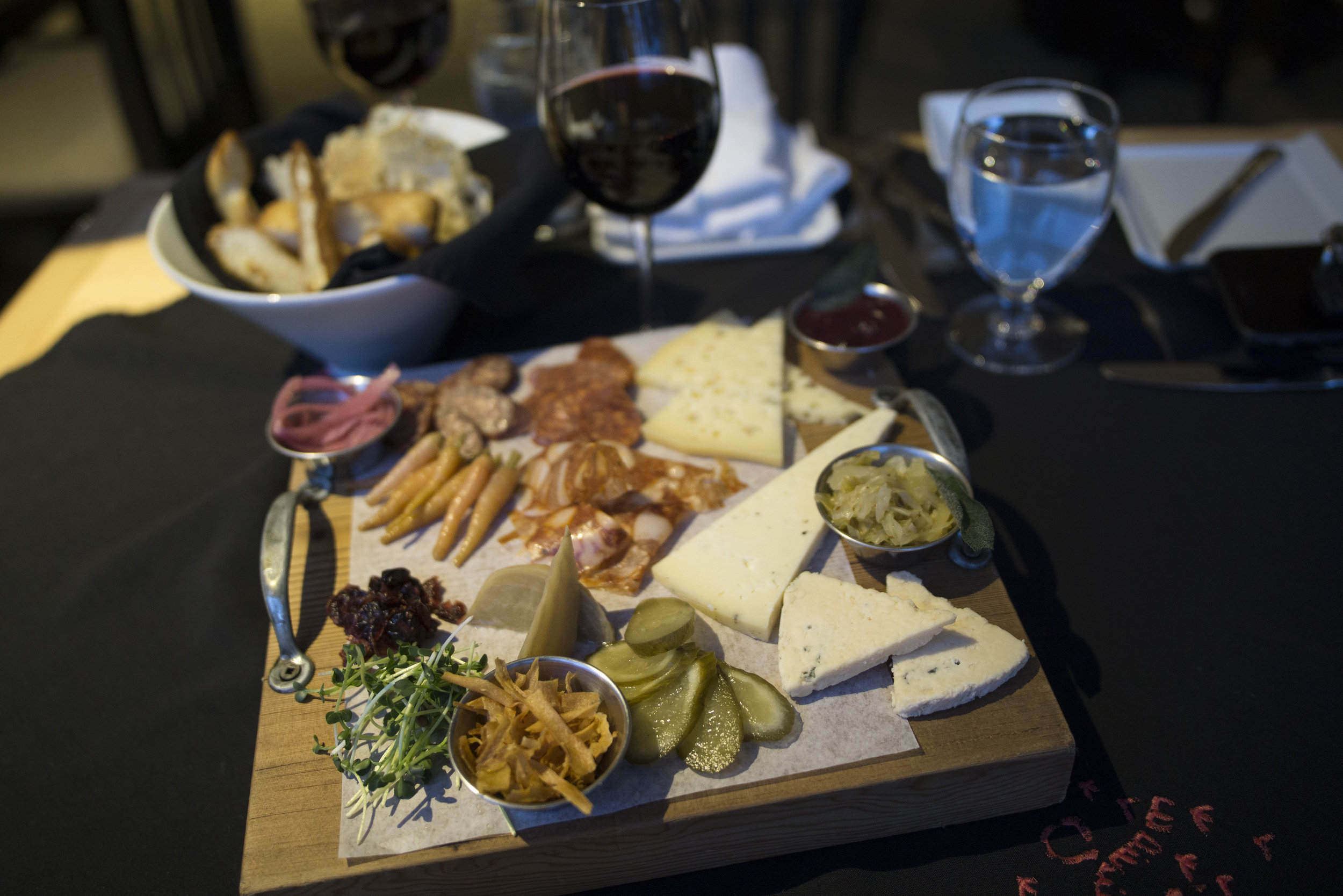 The Shuswap Charcuterie Board at Quaaout Lodge. (IMAGE: www.aaronjbarr.com)