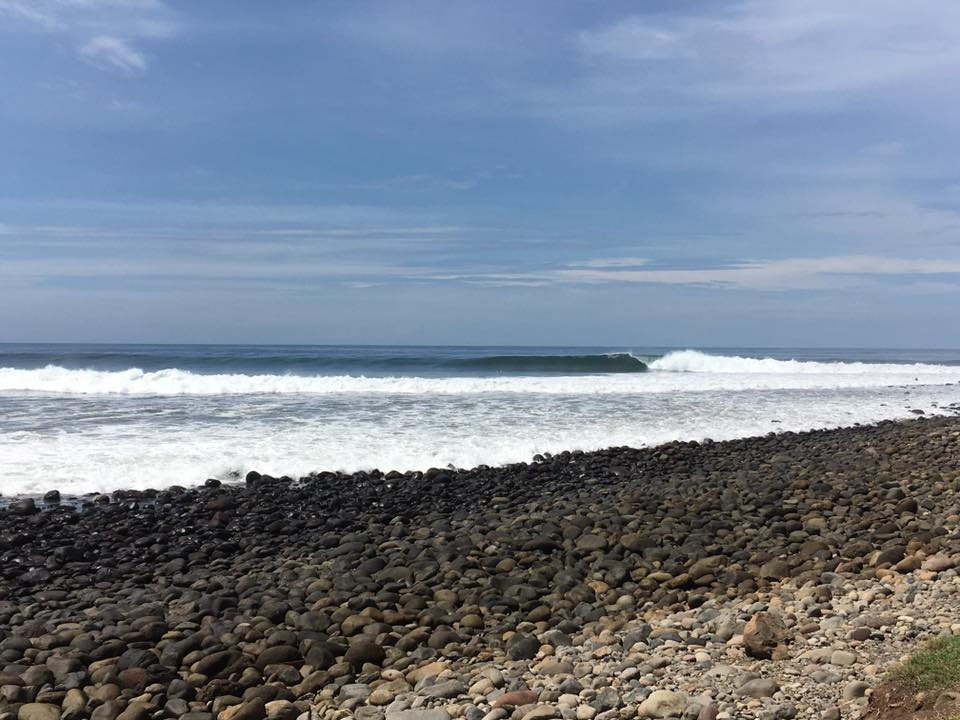 Punta Roca - 6-8ft, less than 10 guys out, glassy conditions and low tide
