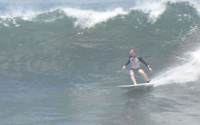 Mike surfing - Punta Roca, El Salvador