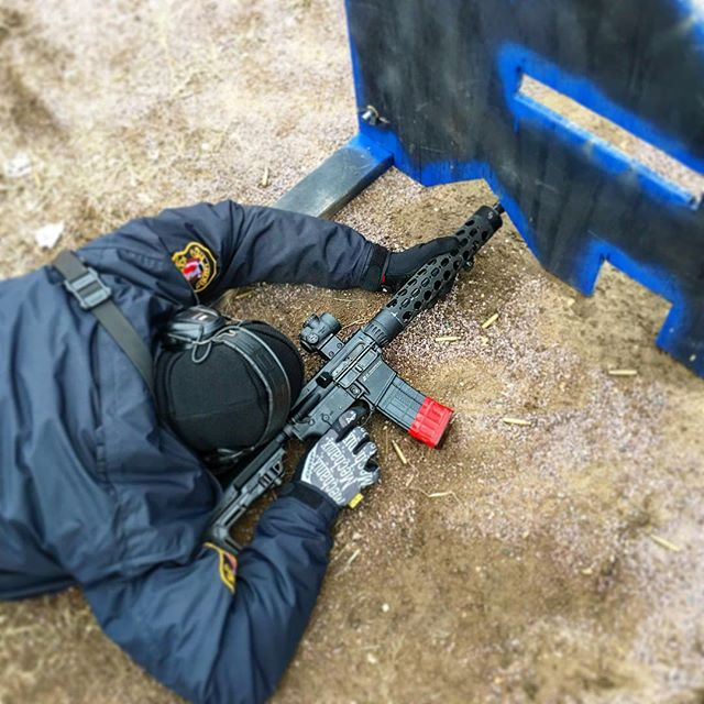 How uncomfortable do you get in training?  Officer running a @jprifles JP-15 during a cold MN rifle course.  #vtac #vtacbarricade #shooting #pewpew #pewpewlife #lawenforcement #Police #leo #tactical #jprifles #mro #activeshootertraining #rangetime #shootingrange #guns #ar15 #leoriflecourse
