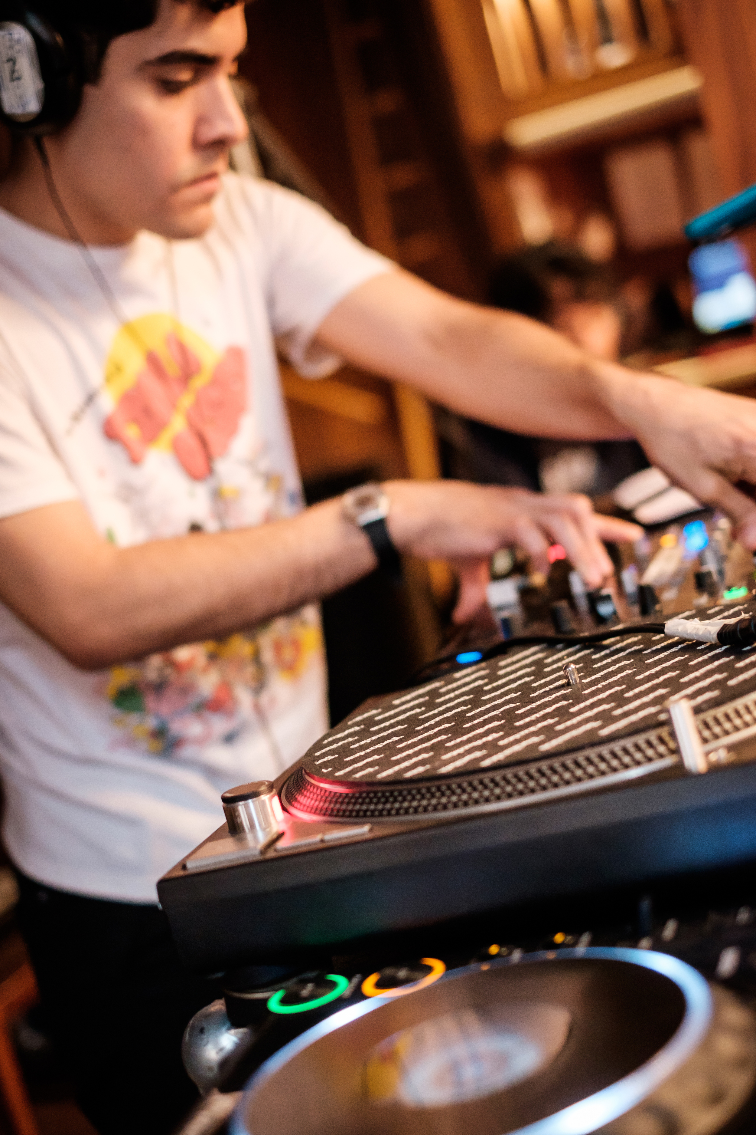DJ Neon Indian