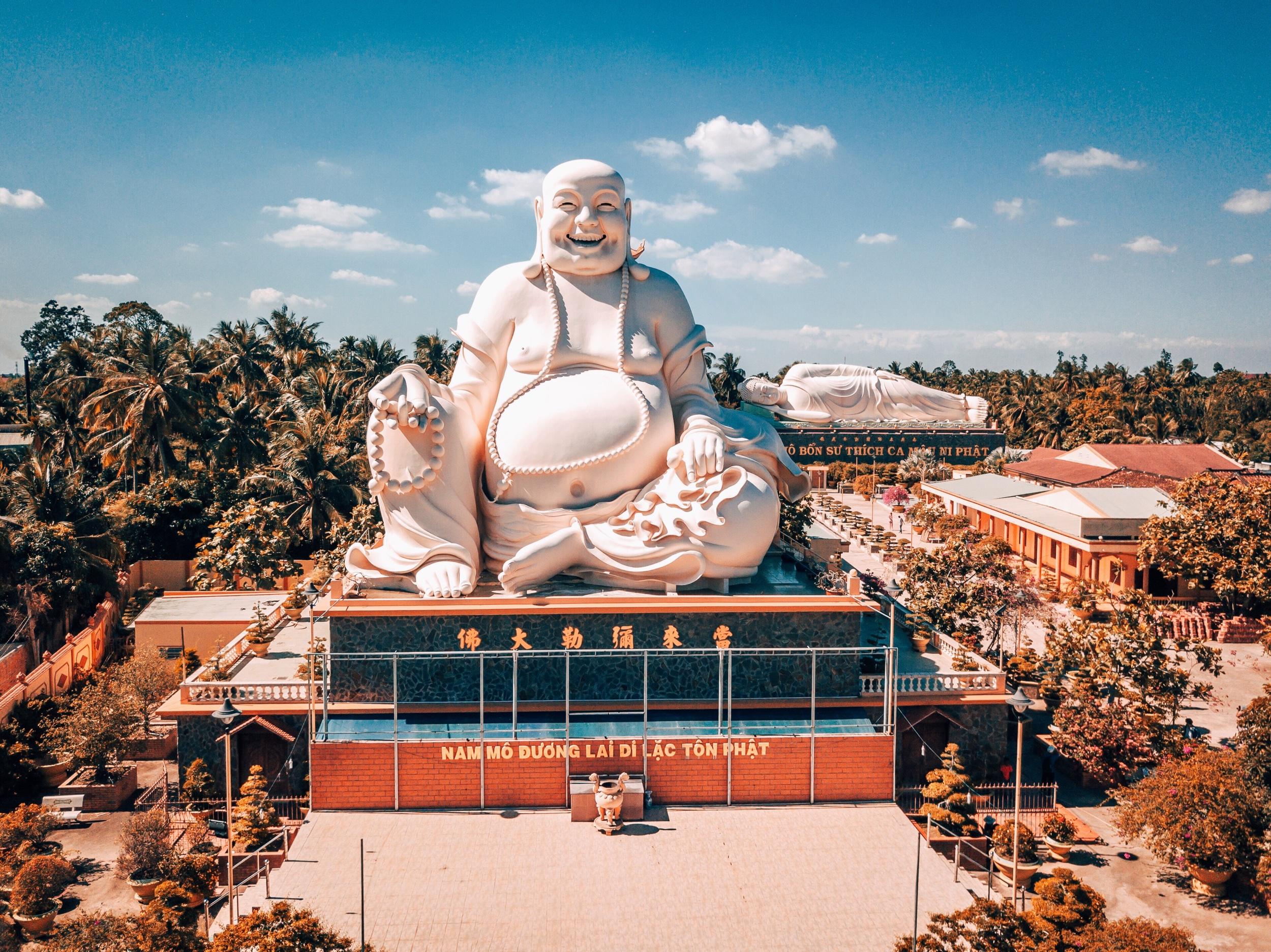 Buddha at Vĩnh Tràng Temple, Mÿ Tho