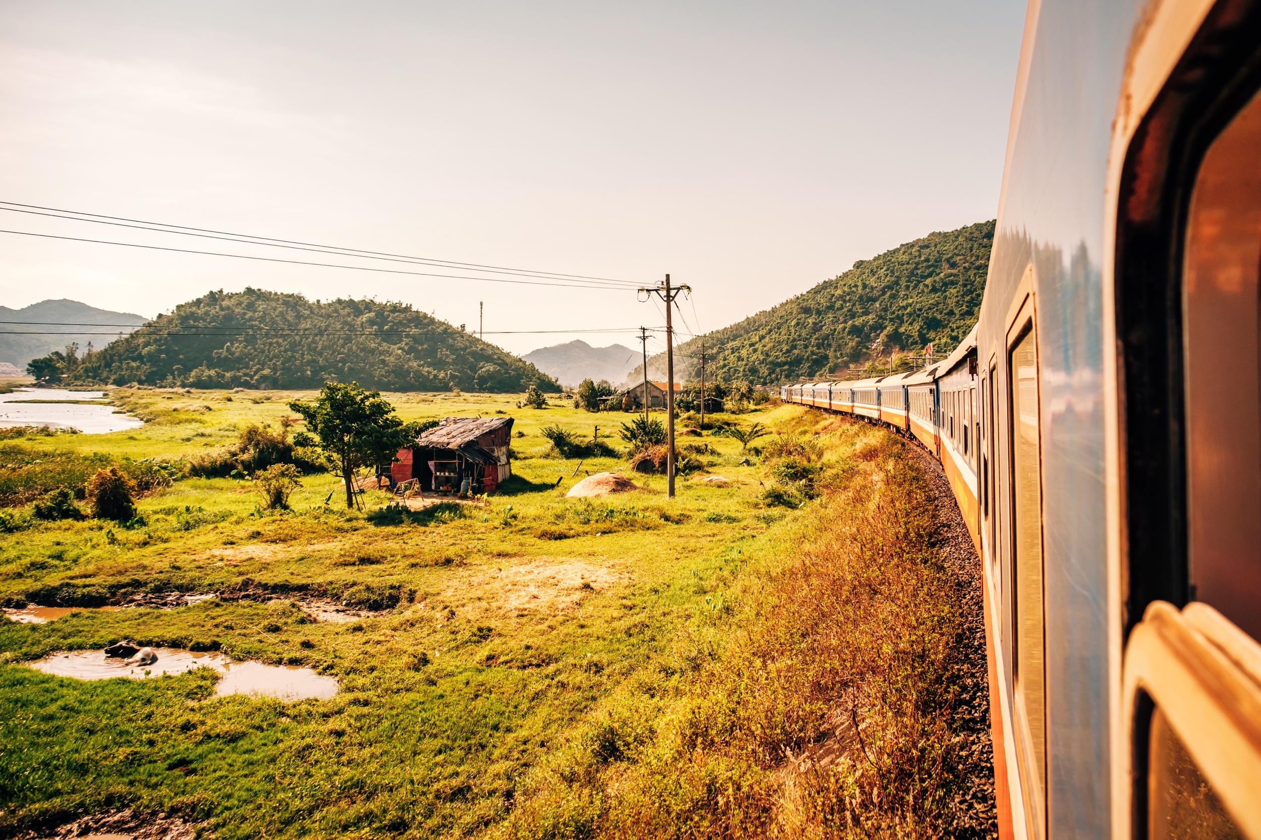 Train from Quy Nhon to Da Nang