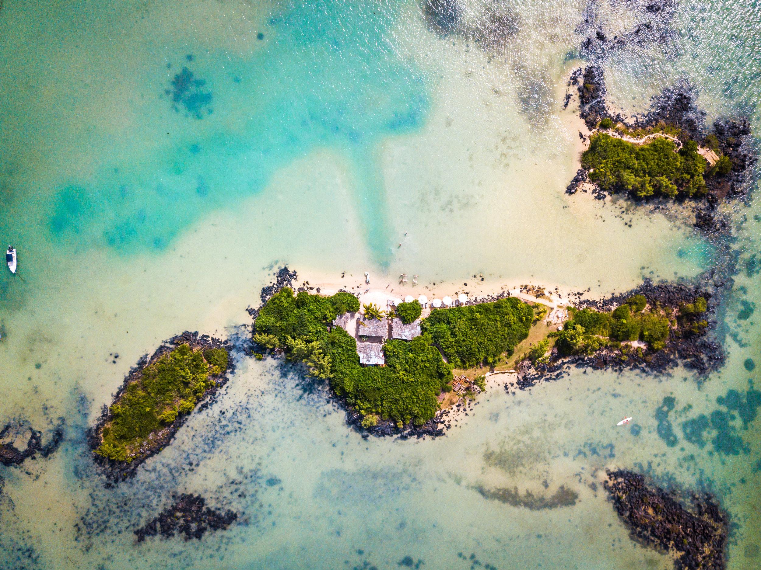 Zilwa Attitude Hotel - Grand Zil Island