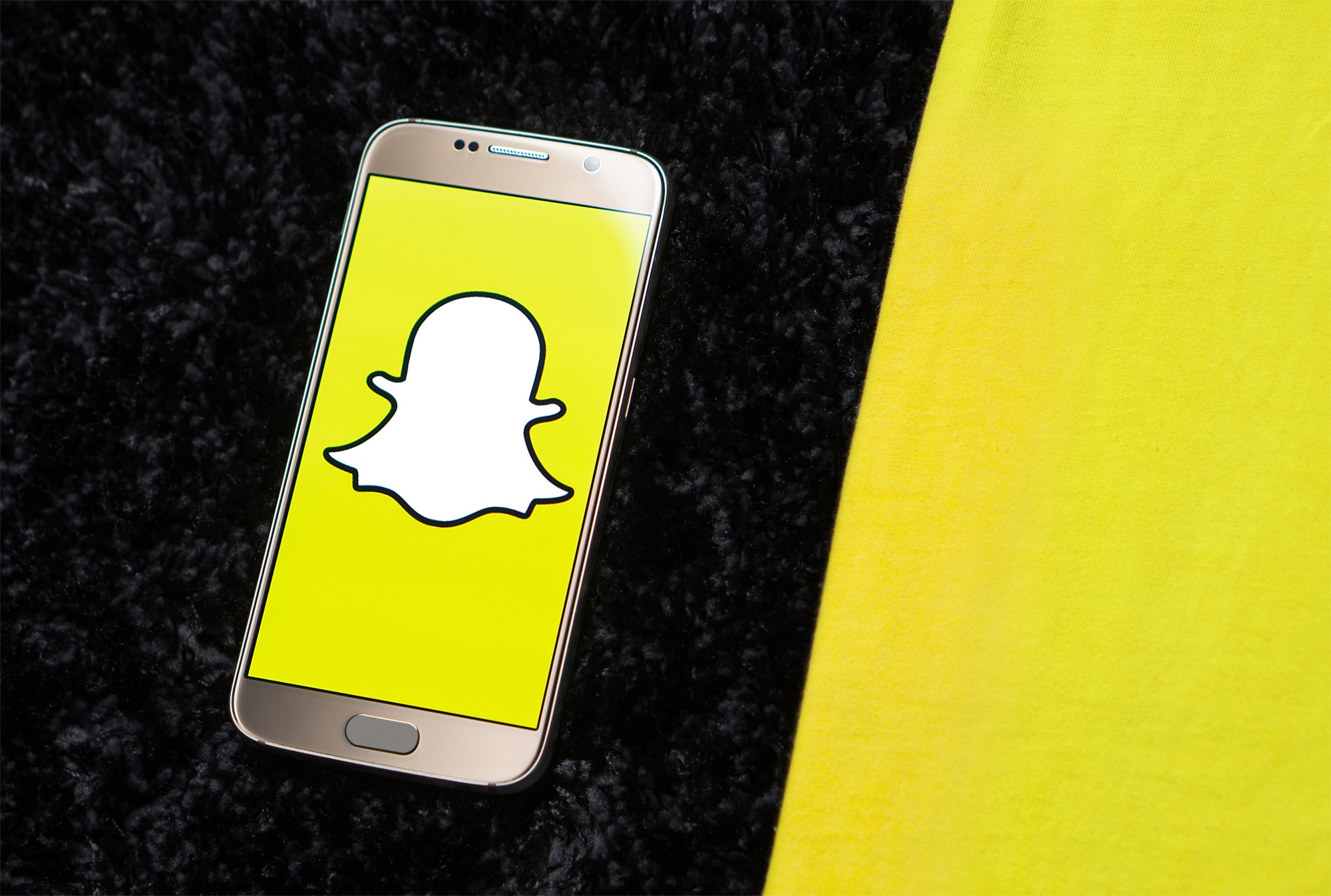 NOW YOU SEE IT... - then you see the results. Snapchat's new pixel is opening the doors to A LOT of Gen Z'ers.