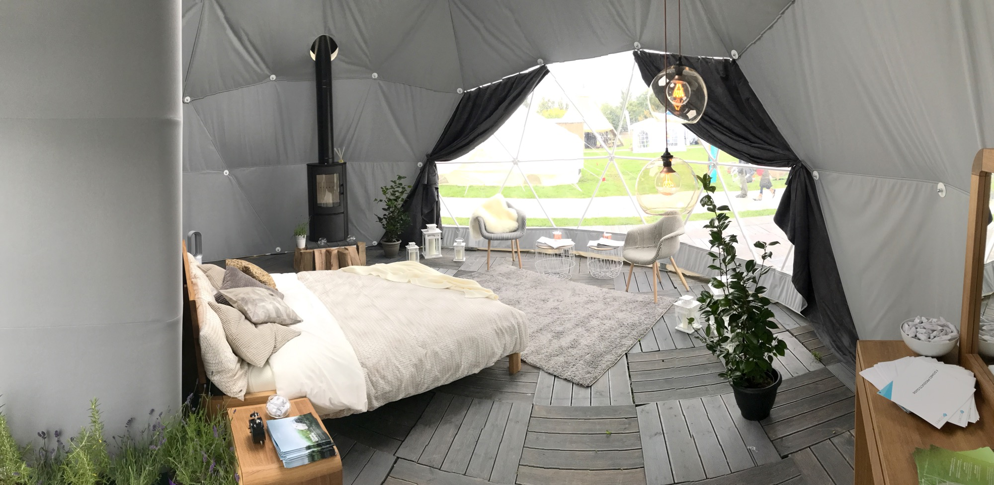 F.Dome.40 Glamping Show.jpg