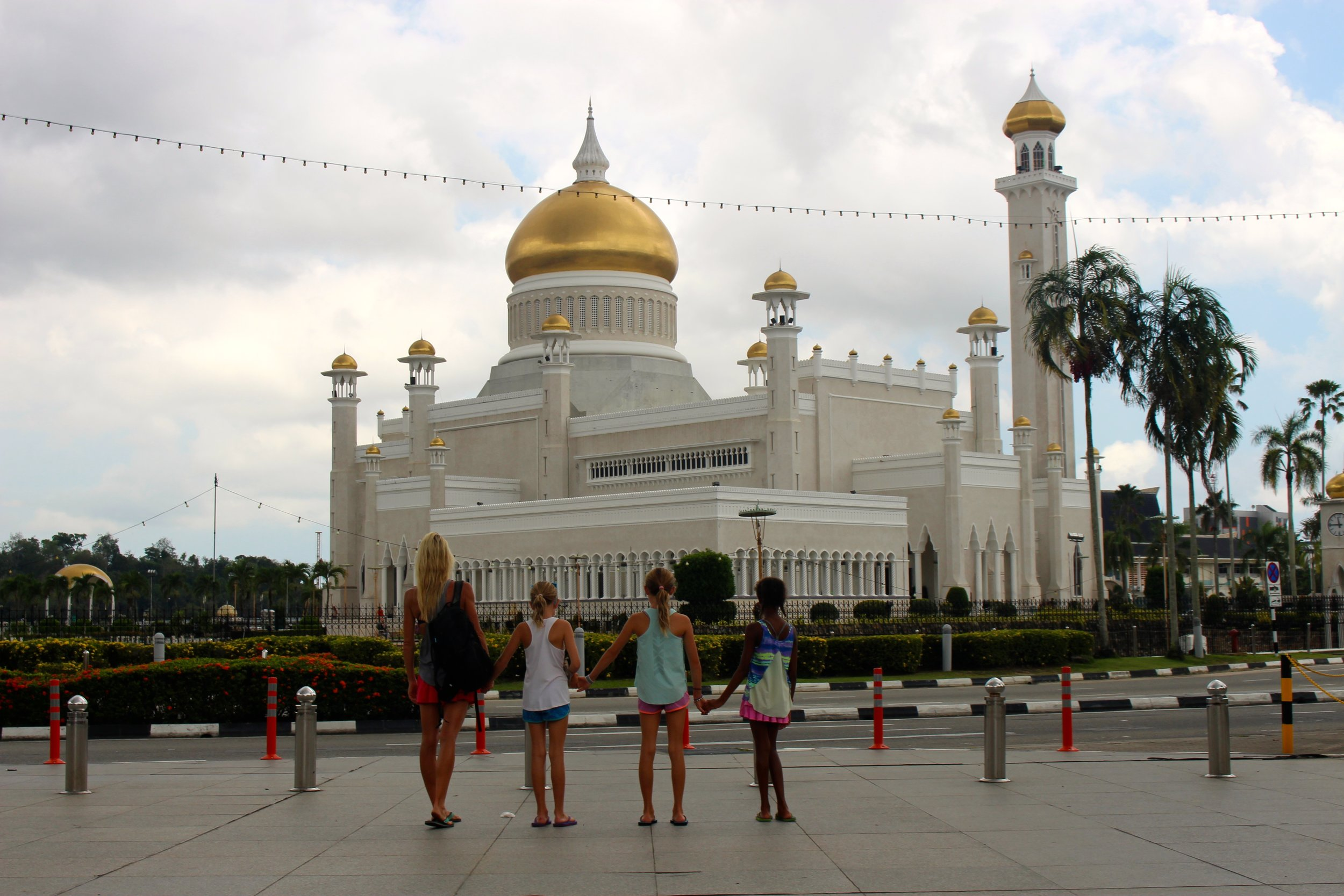During our brief time in Brunei, we visited the Omar Ali Saifuddien Mosque. The mosque is often considered as one of the most beautiful mosques in the Asia Pacific, is a place of worship for the Muslim community, and a major historical site and a famous tourist attraction of Brunei. The mosque is named after Omar Ali Saifudden, the 28th Sultan of Brunei.