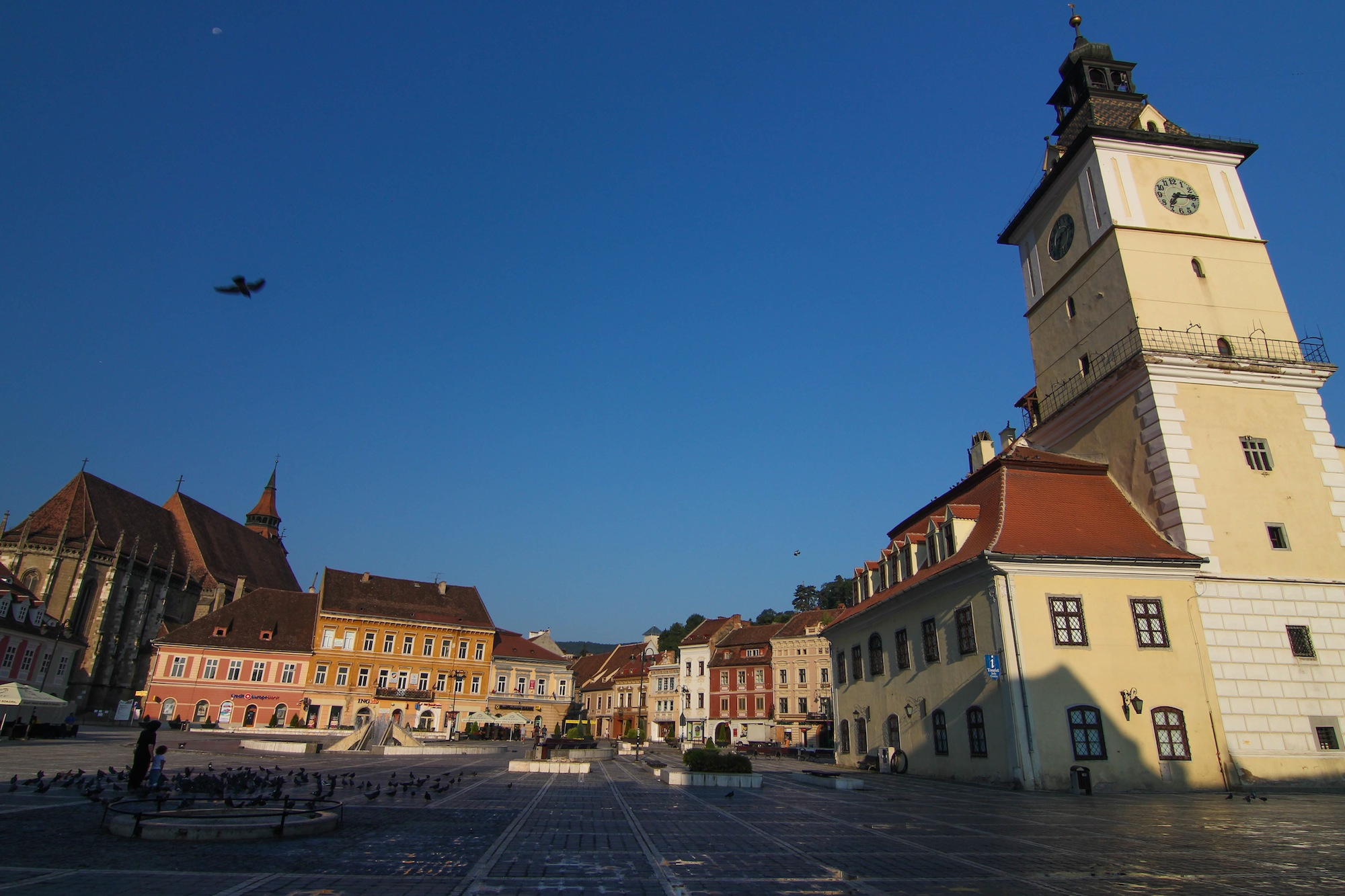 Dawn at the main Council Square - with the Black Church (left) and Old Town Hall (right)