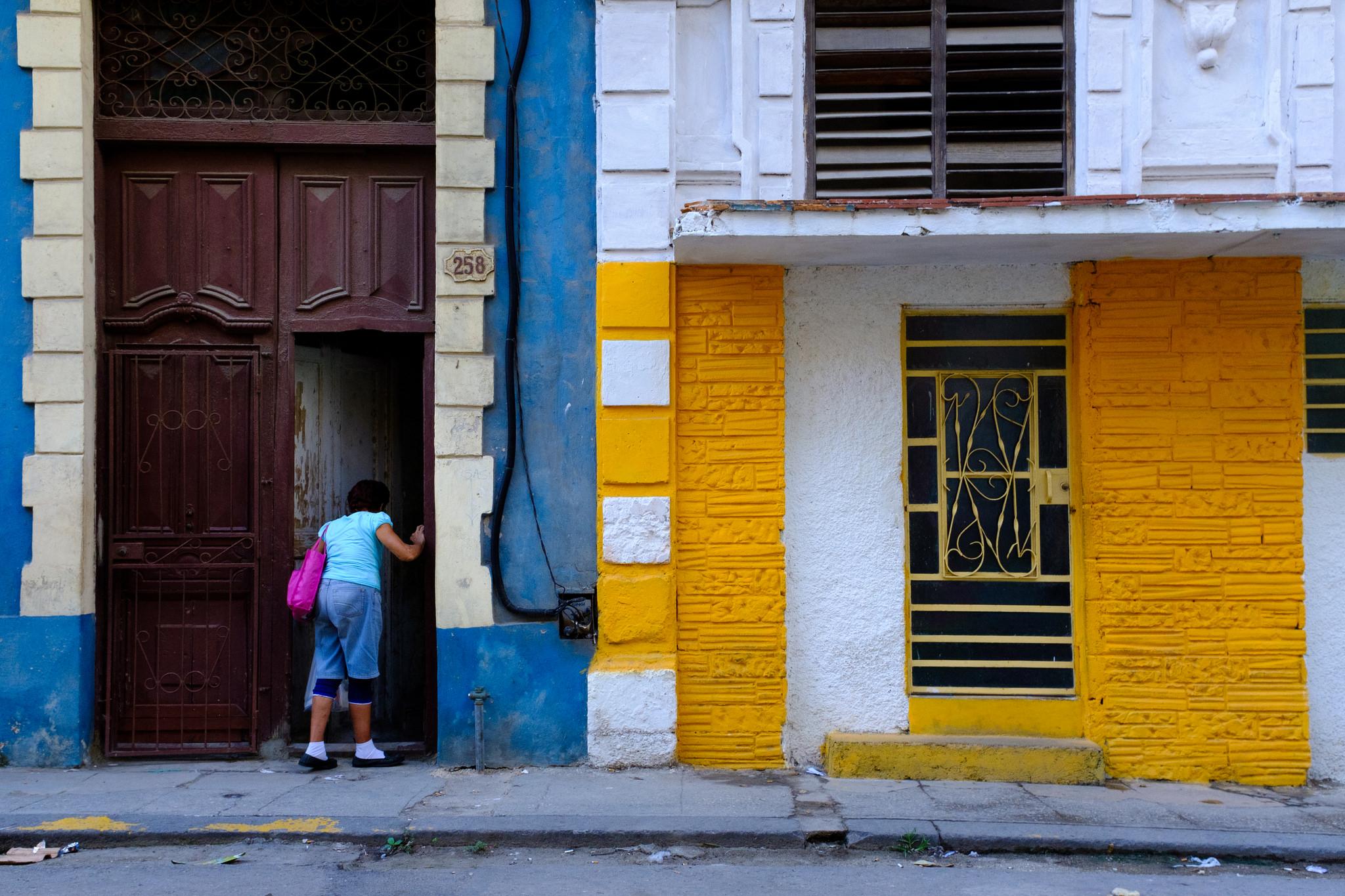 Centro Habana backstreets. Photo taken on a Fuji X100F
