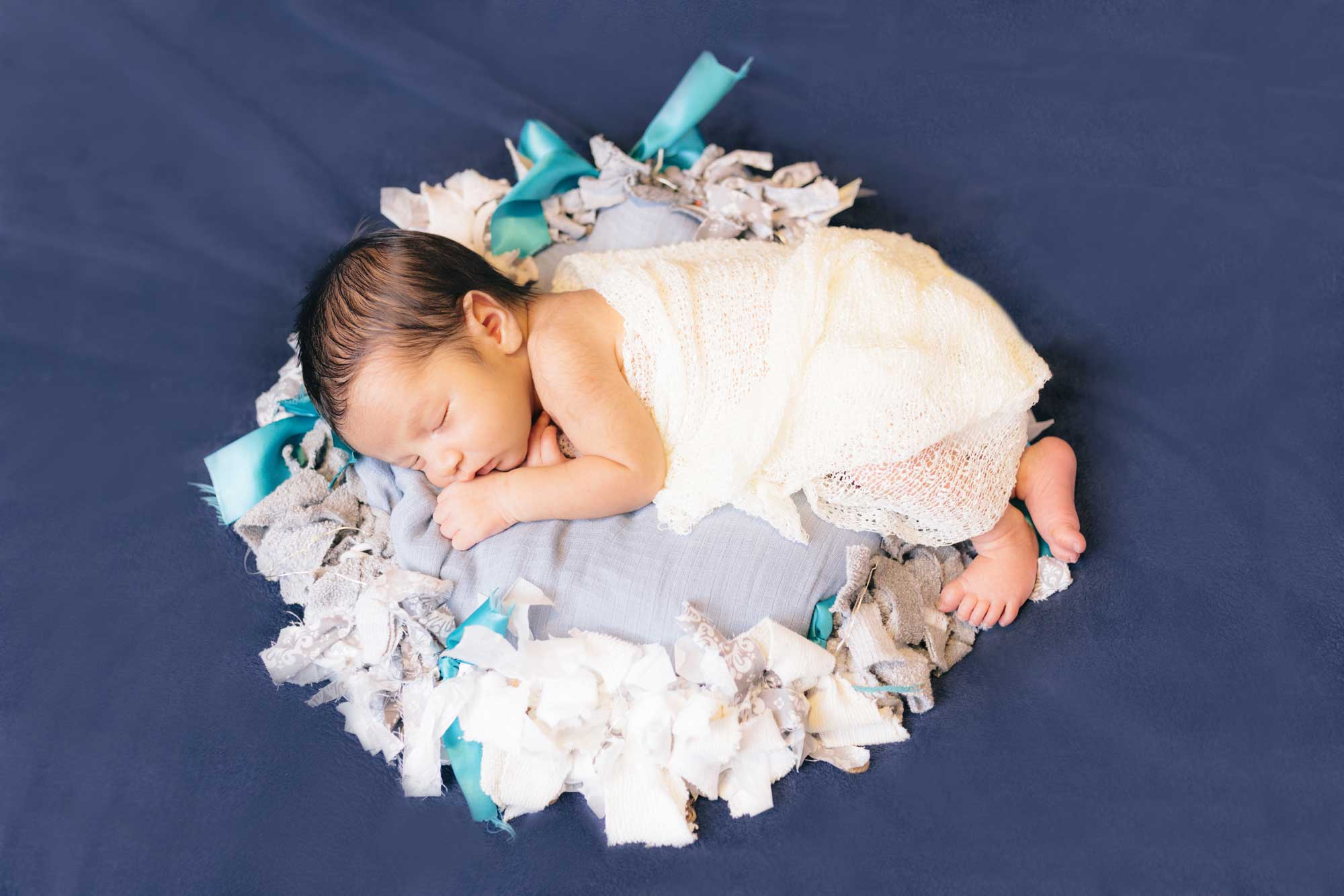 Greensboro-Newborn-Photographer-Baby-Levi-02.jpg